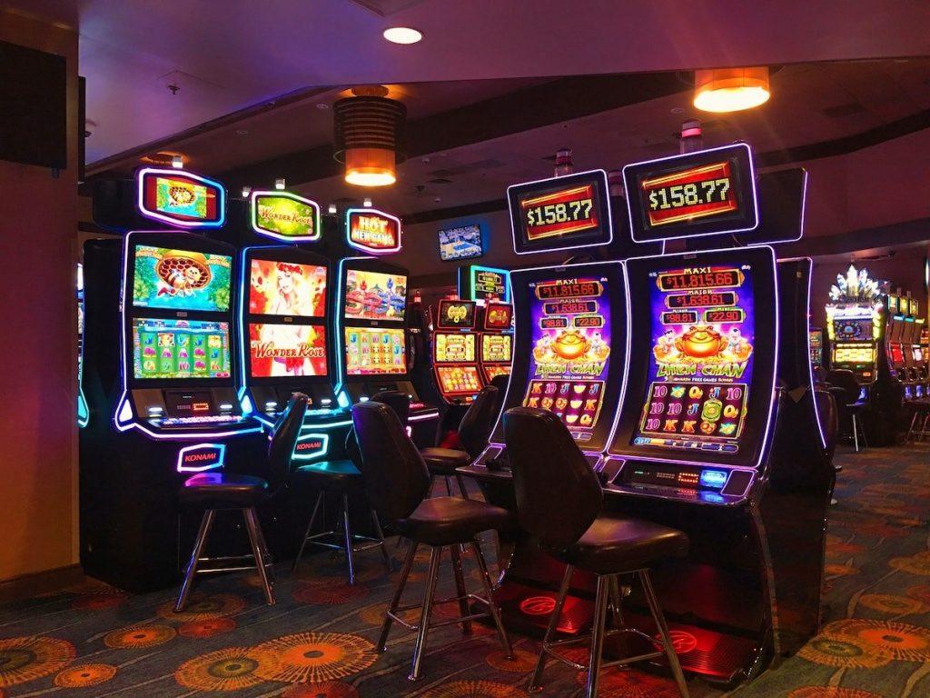joe blow slot machine online